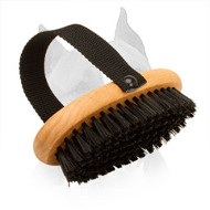 Everyday Grooming 'Brush and Go' Amstaff Brush