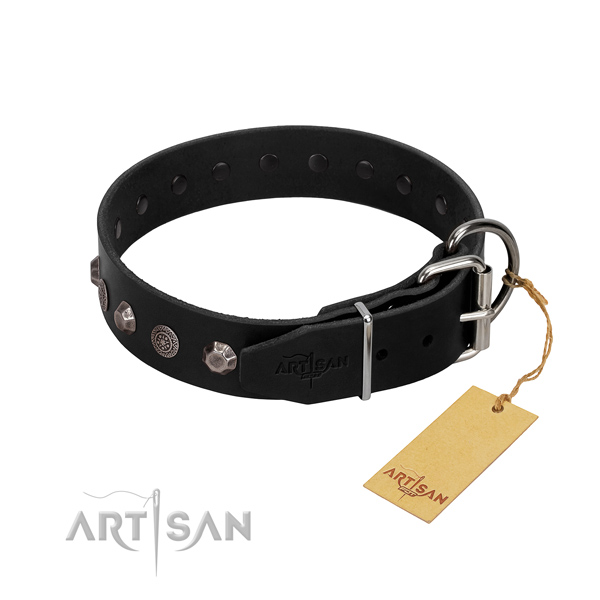 Reliable traditional buckle on full grain leather dog collar for easy wearing
