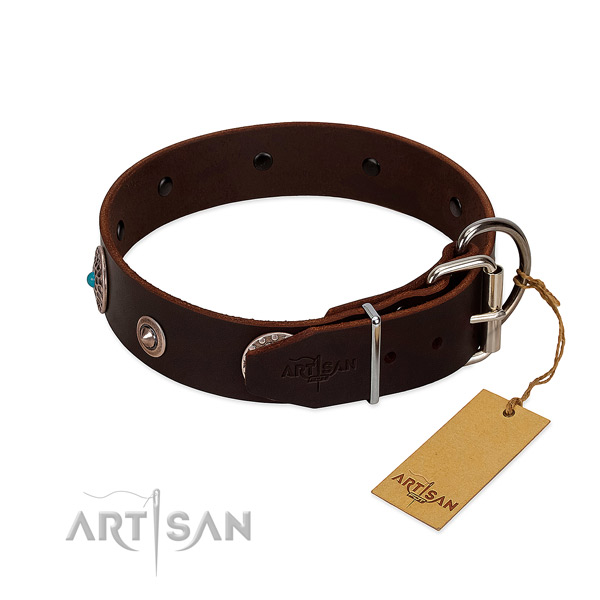 Stylish design full grain genuine leather dog collar with corrosion proof decorations