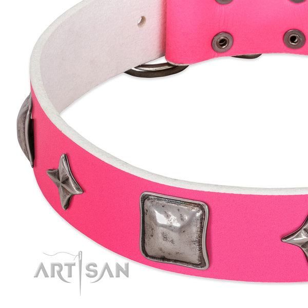 Stylish design natural leather dog collar with strong studs