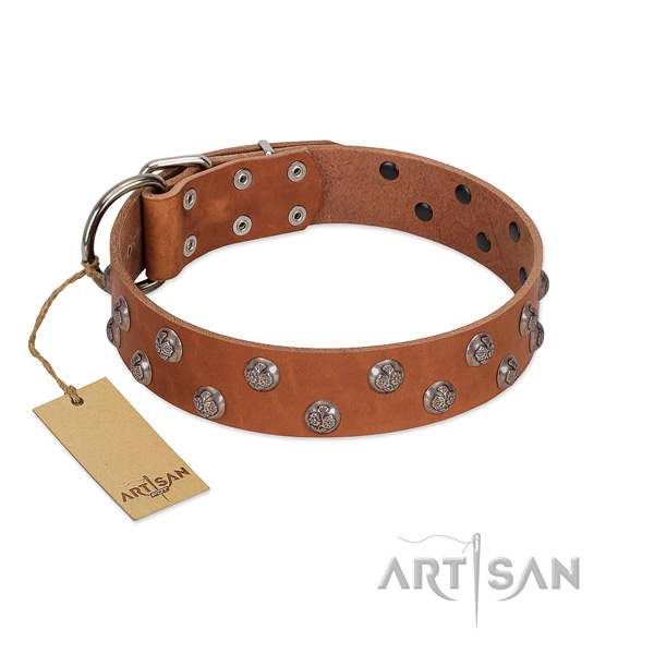 Stylish design genuine leather dog collar with corrosion proof hardware