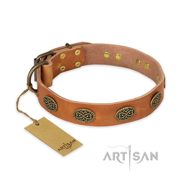 Top notch natural genuine leather dog collar with corrosion proof buckle