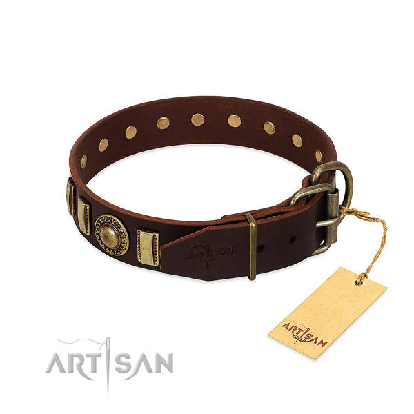 Trendy full grain natural leather dog collar with strong buckle